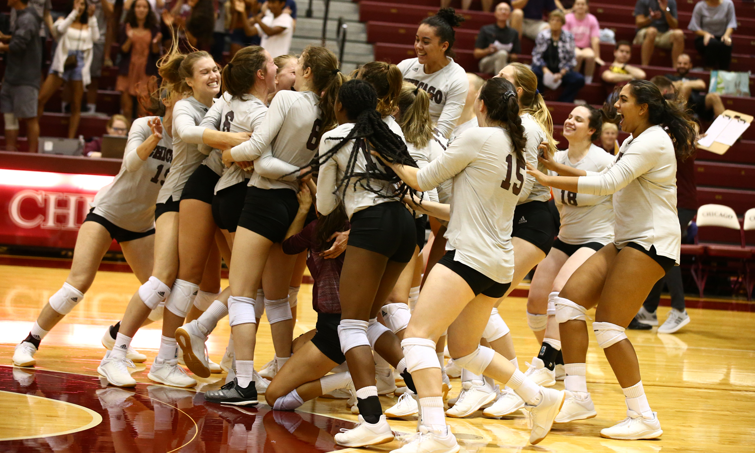 Maroon Moments: Volleyball Takes Down Top-Ranked Calvin 3-1 (Sept. 18, 2019)