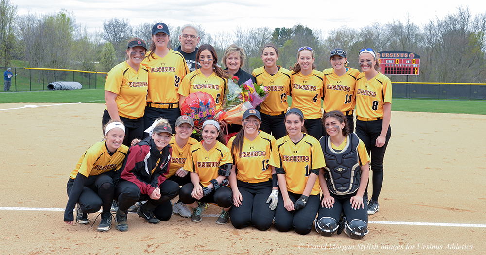 Softball Bounces Back to Split with Gettysburg