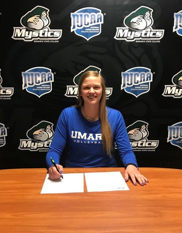 Hannah Hanson to Play Volleyball at University of Mary Next Year