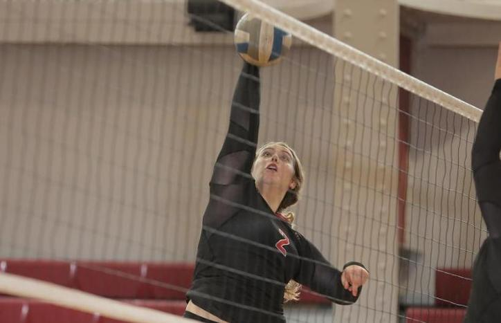 Tartans Sweep Two to Start Ithaca Tournament