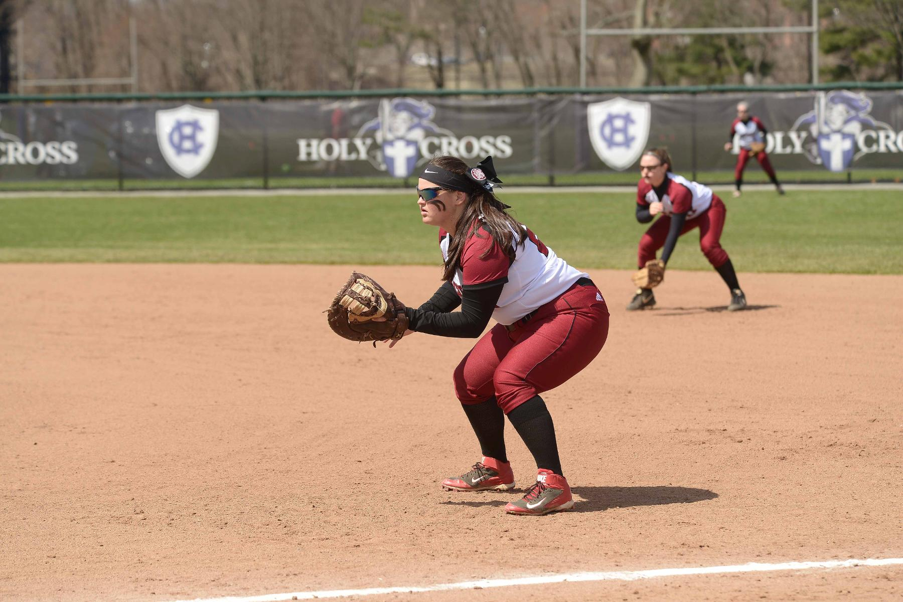 Softball Falls At Suffolk in Two Game Series