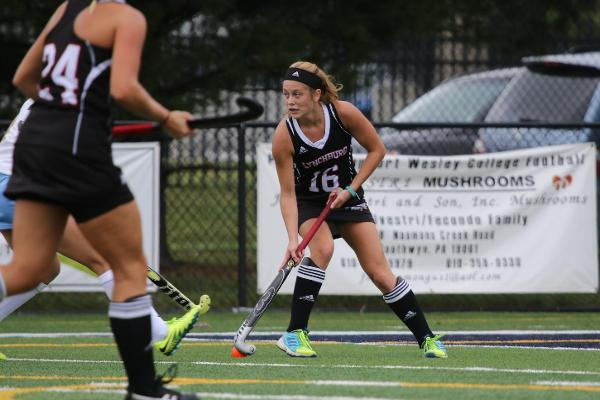 Field Hockey Upends Washington & Lee on Senior Day, 3-1