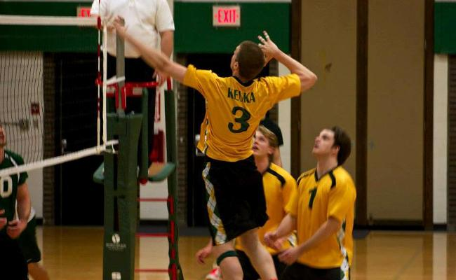 Senior Devin Lesch (No. 3) and the Keuka College men's volleyball team earned a split Saturday during a tri-match at D'Youville College in Buffalo, N.Y. (photo courtesy of Carly Volante, Keuka College Sports Information Department).