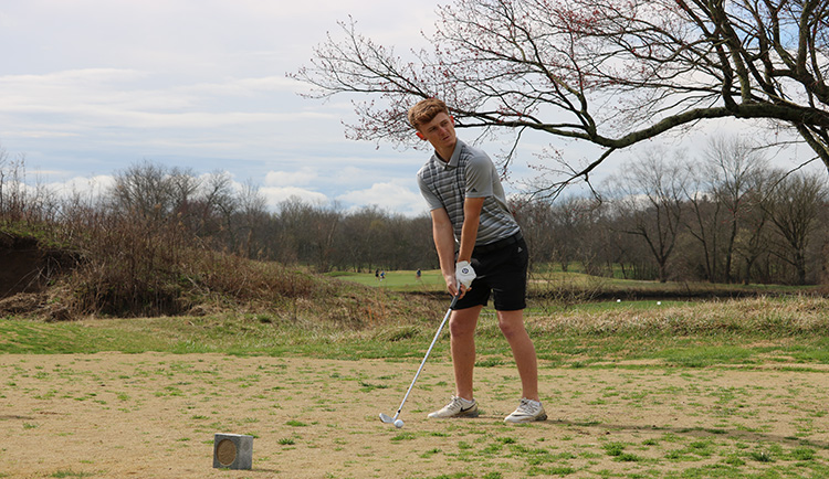 Lions open UNG Invitational in fifth