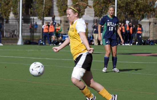 Women's Soccer Edges Western New England