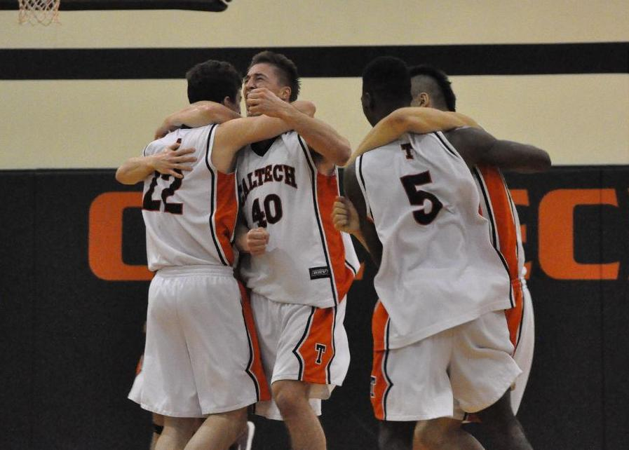 MEN'S BASKETBALL SNAPS 55-GAME SCIAC LOSING STREAK