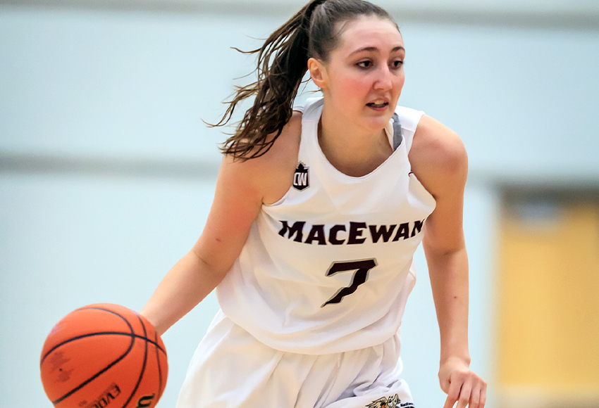 Mackenzie Farmer tied the program record for the most steals in a two-game weekend after recording 14 in a weekend split with Mount Royal University (Robert Antoniuk photo).