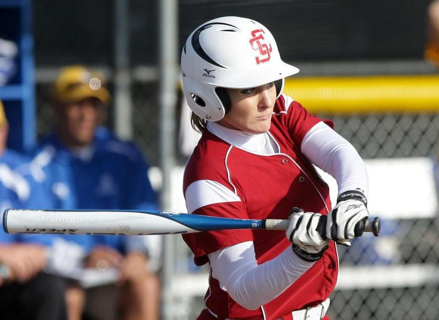 Santa Clara Softball Fueled by Senior Leaders