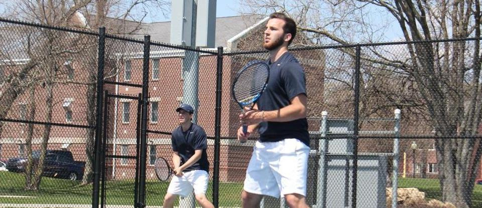 Men's Tennis Evens HCAC Mark with Home Triumph over Anderson