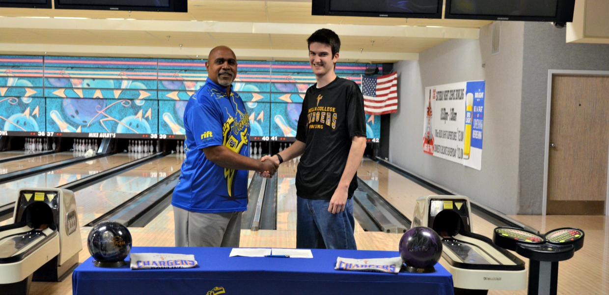 Photo for Charger Bowling Welcomes Whitehead