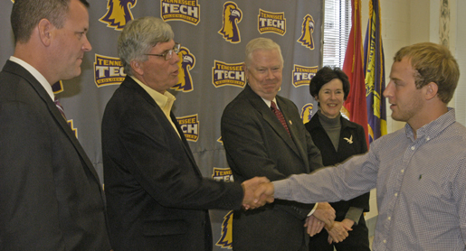 Football team celebrates 2011 OVC championship with ring ceremony