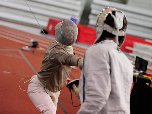 Men's fencing downs host MIT at Sollee Invitational