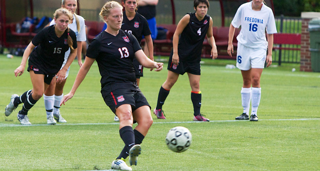 LC Women's Soccer Defeats Hollins 11-0