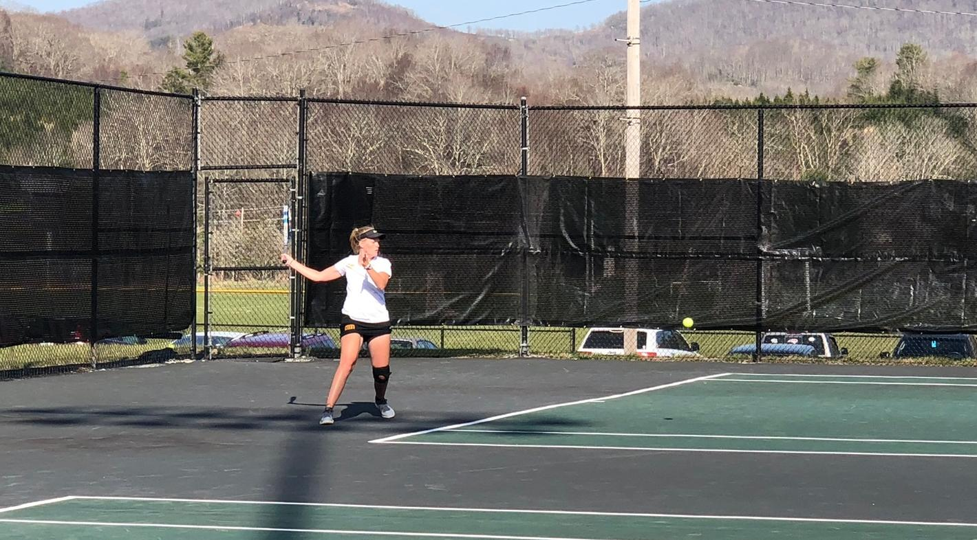EC Women's Tennis Sweeps Lees McRae for 8th Straight Win!