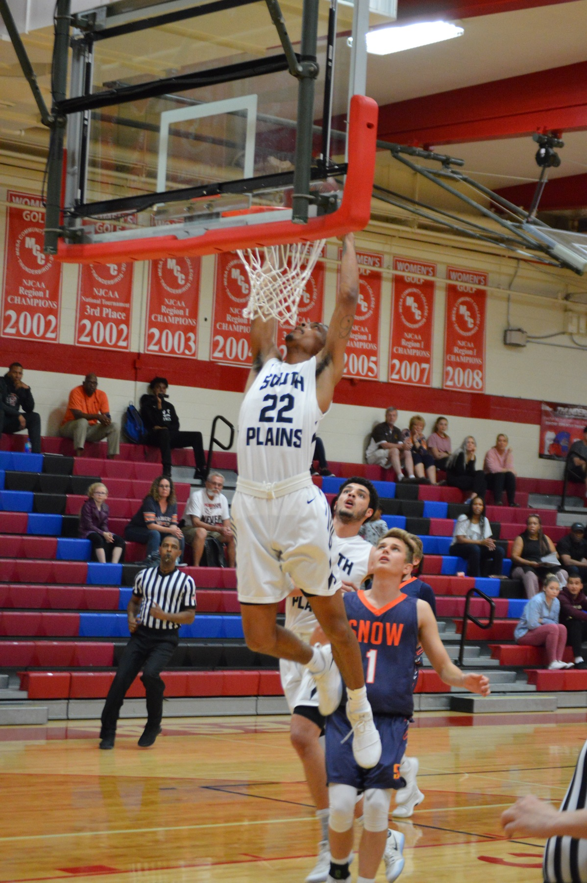 Texans down Snow College 85-81 on Thursday in Arizona