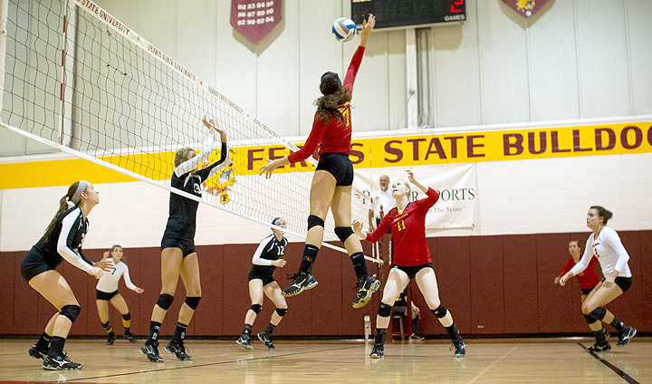 Volleyball Back At Home To Host Upper Peninsula Foes