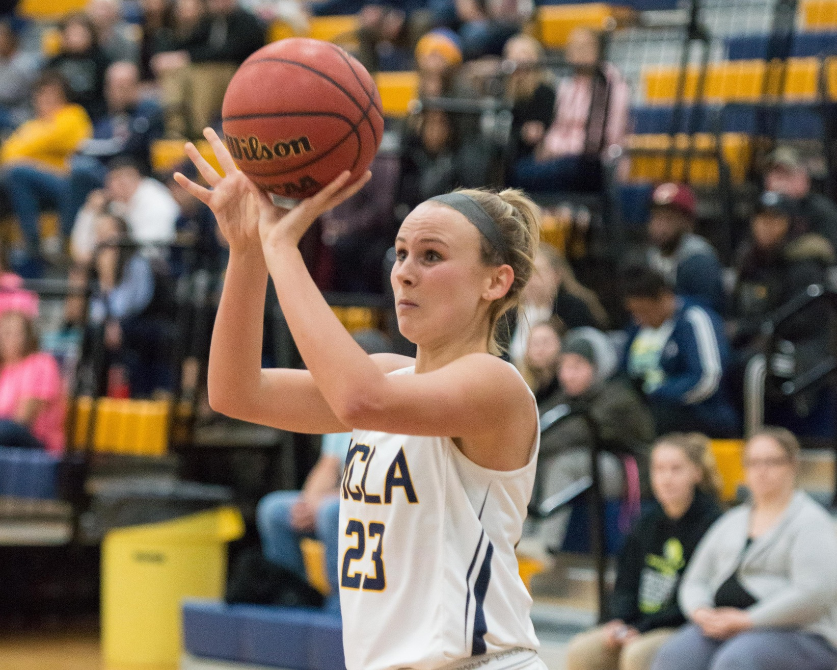 Moulton collects double double, but Women's Basketball falters in second half in 53-47 loss to WNE