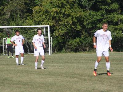 Men's Soccer: Fall to Phantoms