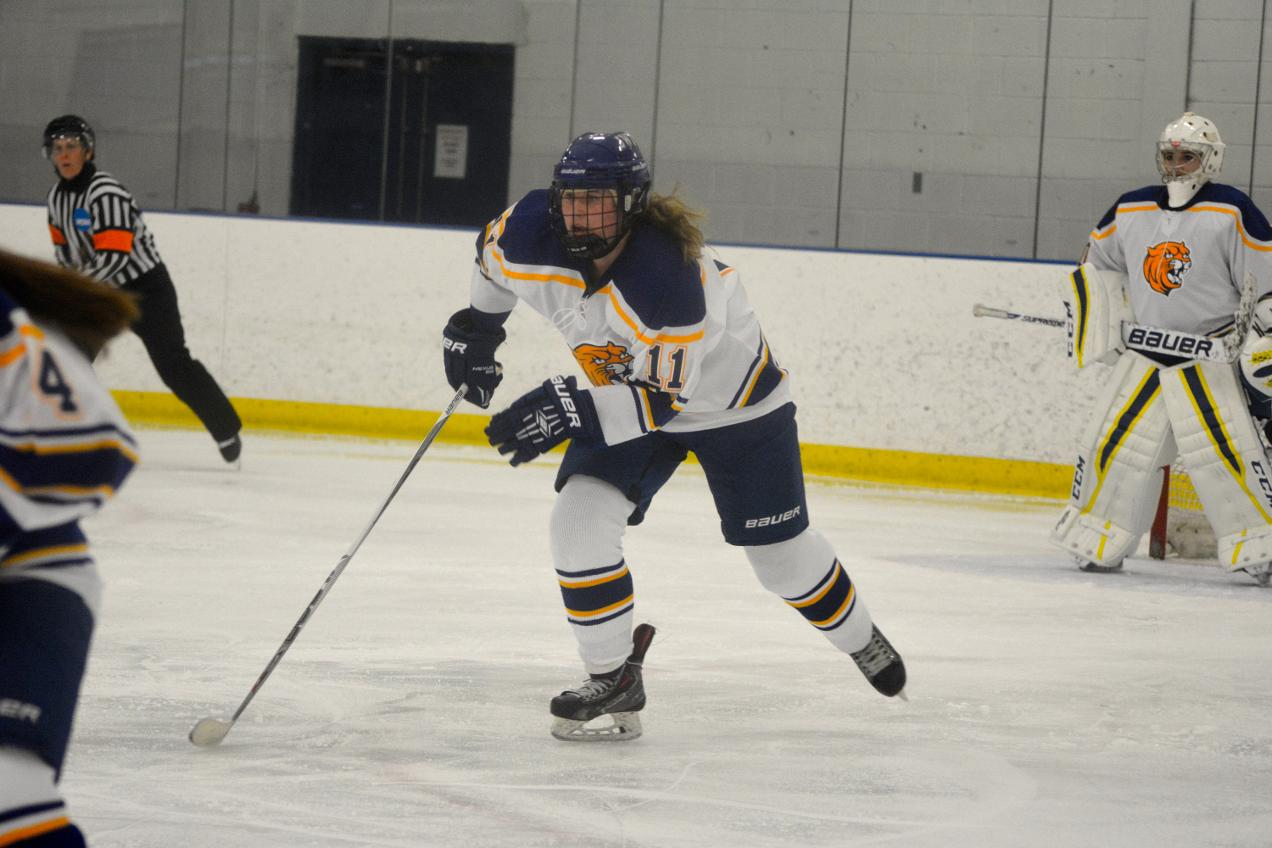 Third Period Goal Gives Becker 2-1 Win Over JWU Women's Ice Hockey