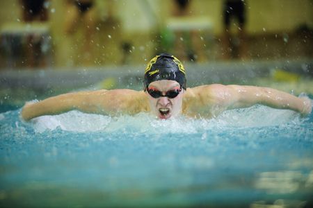 McDaniel finishes sixth at F&M Invite