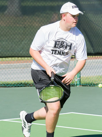 E&H Men's Tennis Drops Their Match To Averett University, 8-1, Sunday Afternoon