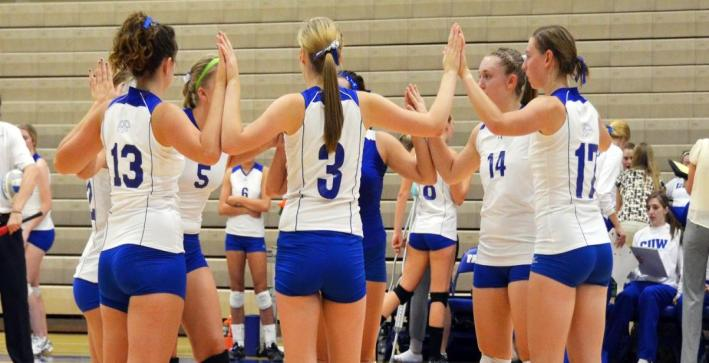 Volleyball punches ticket to NAC Tournament with sweep at MSOE