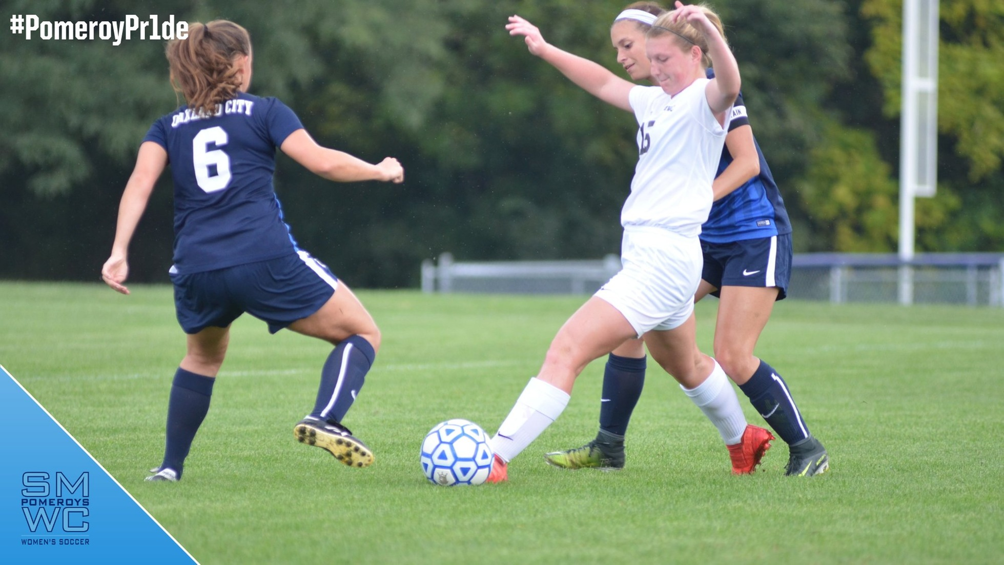 Women's Soccer Edged by the Oaks