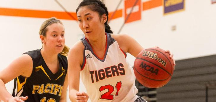 Sagehens Hold Off Tigers