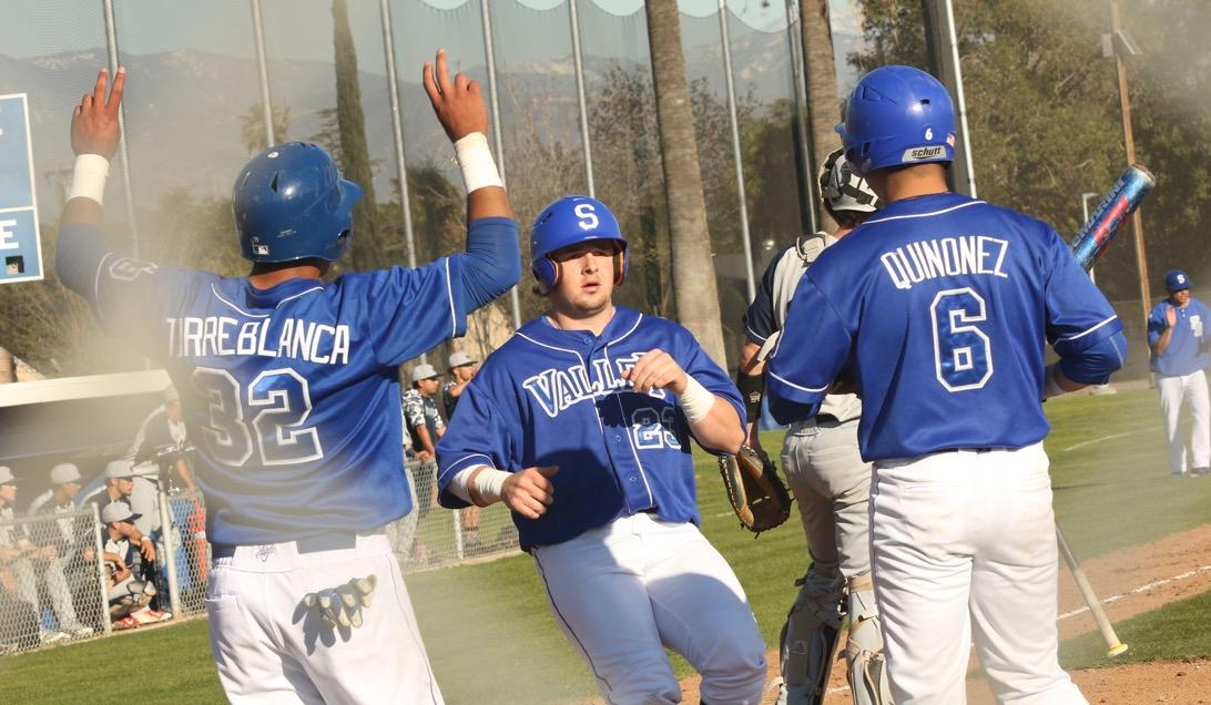 SBVC Baseball sneaks past Compton with 3 run 8th inning, 5-3