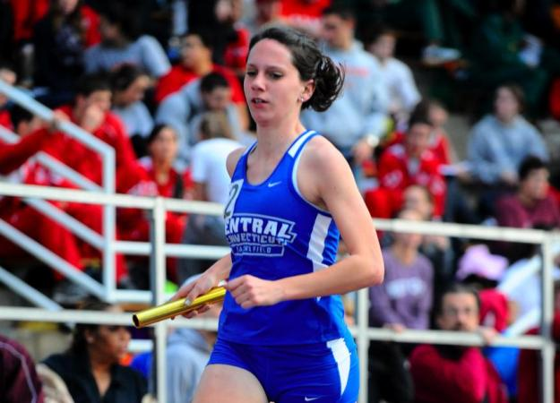 Eberhardt Breaks Outdoor Record in Season Opener