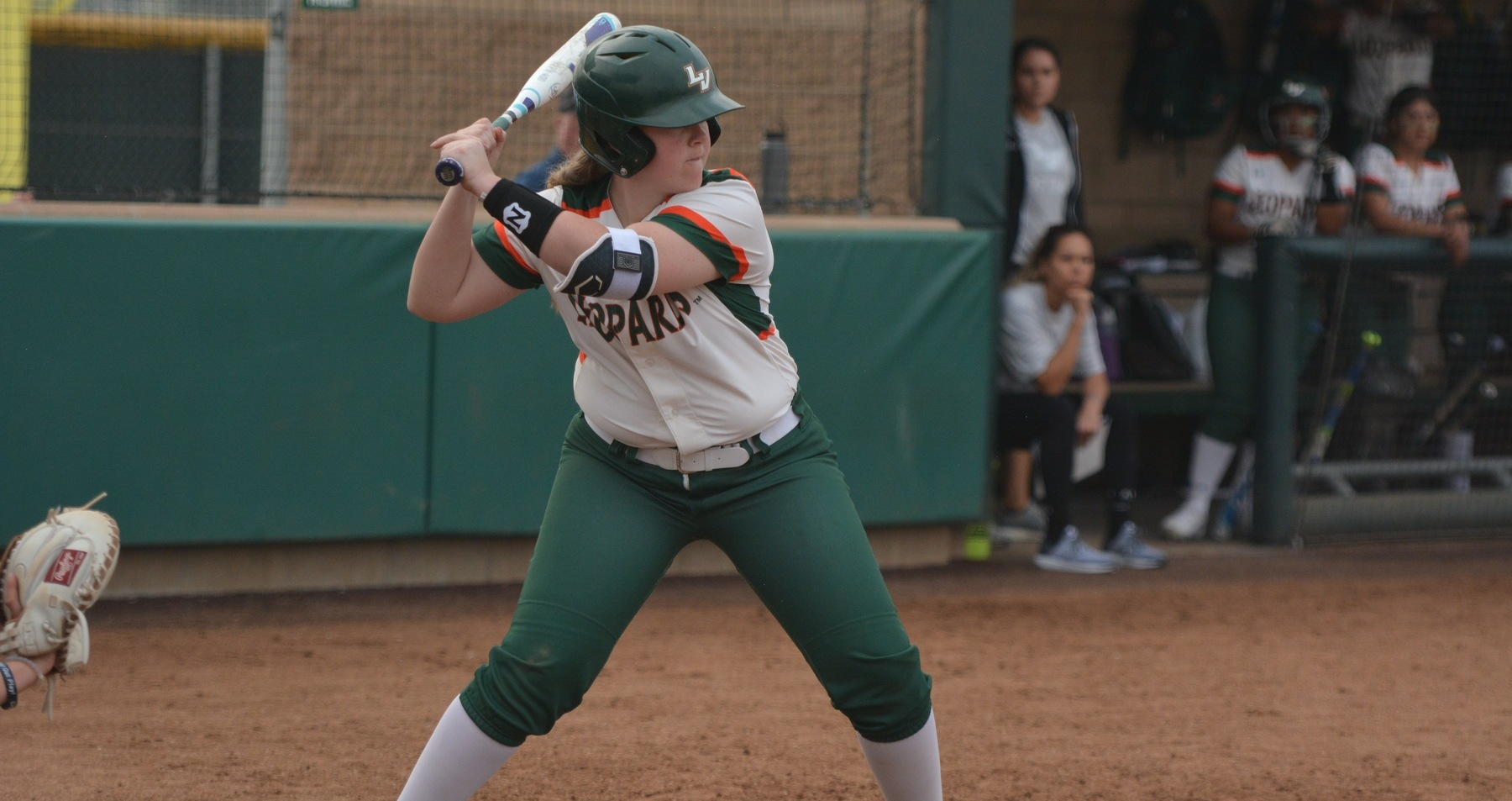 Leopards split with Firebirds on opening day