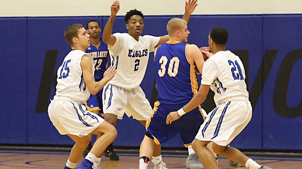 Eagles Fall to SCC Again