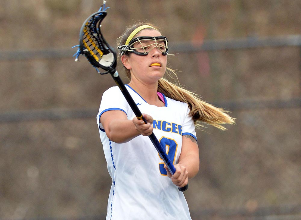 Women's Lacrosse Edges Fitchburg State, 9-7