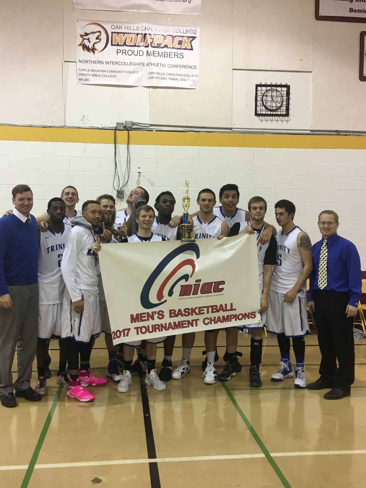 Lions MBB Takes Home NIAC Conference Championship
