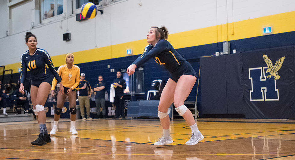 No. 4 HAWKS ROLL TO STRAIGHT SET SWEEP OVER ST. CLAIR
