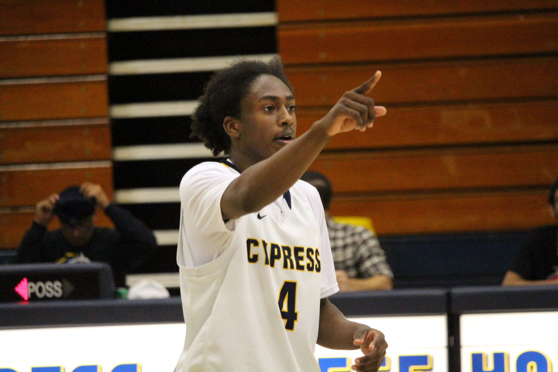 Huge First Half Propels Chargers Past Cuyamaca, 80-62