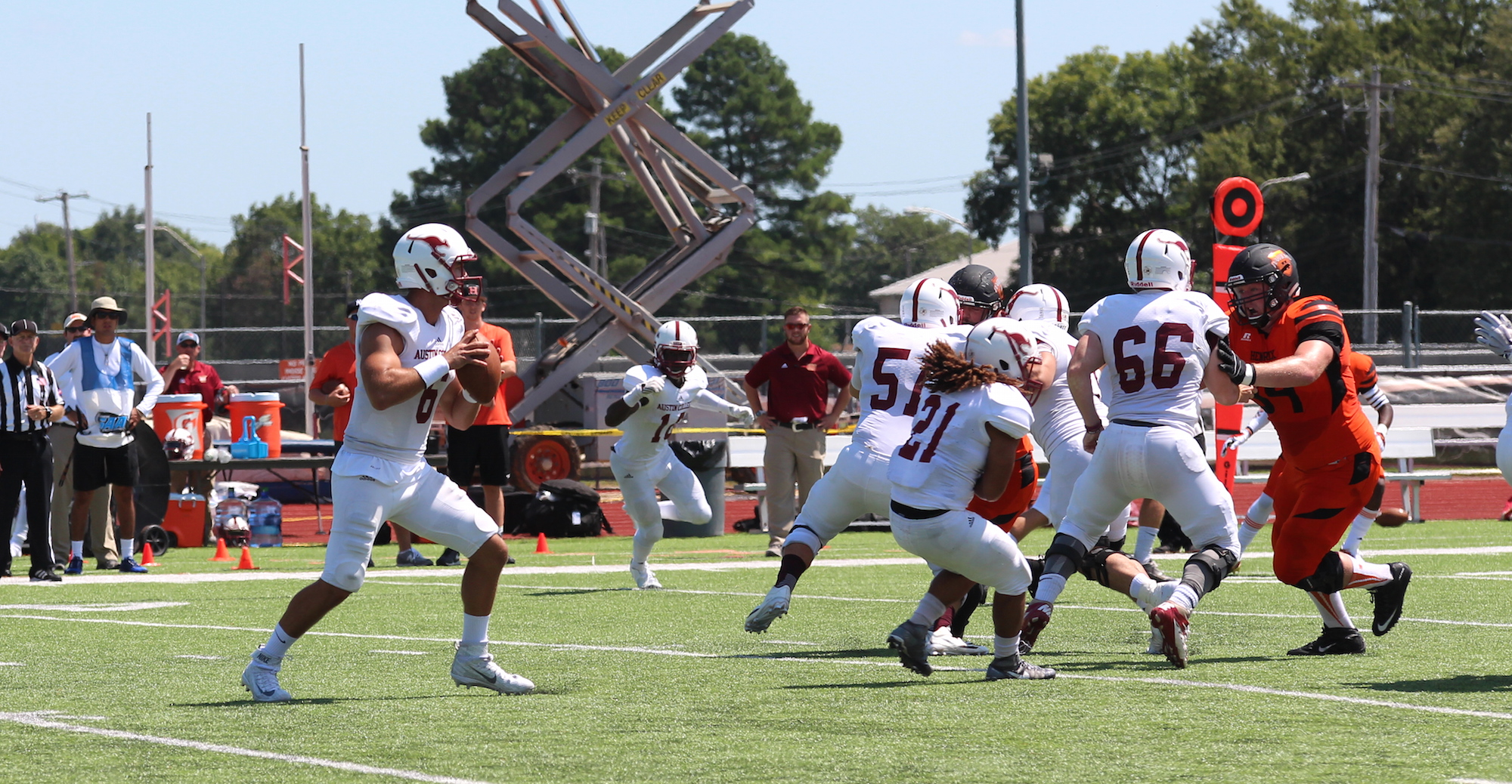 'Roo Football Falls to Southwestern in SCAC Opener