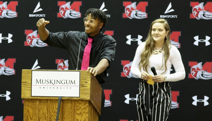Muskingum announces the Golden Hook Award winners and Athletic Department Award honorees