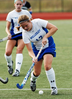 Wesleyan Field Hockey Blanks Wellesley, 2-0