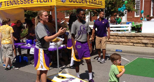 Golden Eagle student-athletes help at Cookeville's Fall Funfest