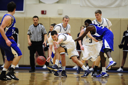 Lions Fall In AMCC Championship Thriller
