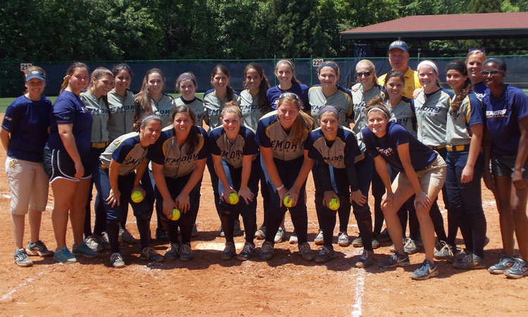 Emory Softball Defeats Piedmont In NCAA D-III Action -- Advances To Super Regional Round