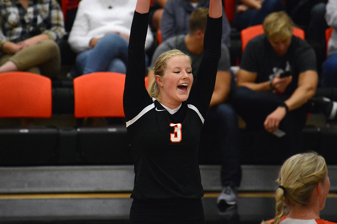 #25 Oilers Bounce Back with 3-0 Victory over Ursuline