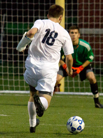 Emory & Henry Men's Soccer Routs Valley Forge, 7-1, Saturday Afternoon