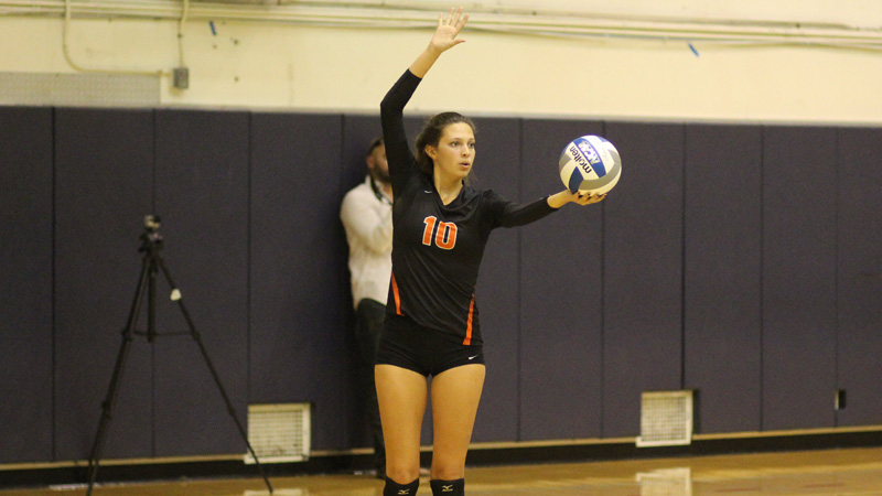 Freshman libero Marissa Underwood was one of the few bright spots in Citrus' loss to Cuesta. Underwood had a pair of kills and a match high 14 digs in a losing effort. Photo By: Grazia Watkins