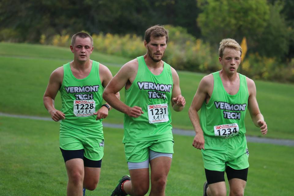 Men's cross country finishes 3rd at VTC Invitational