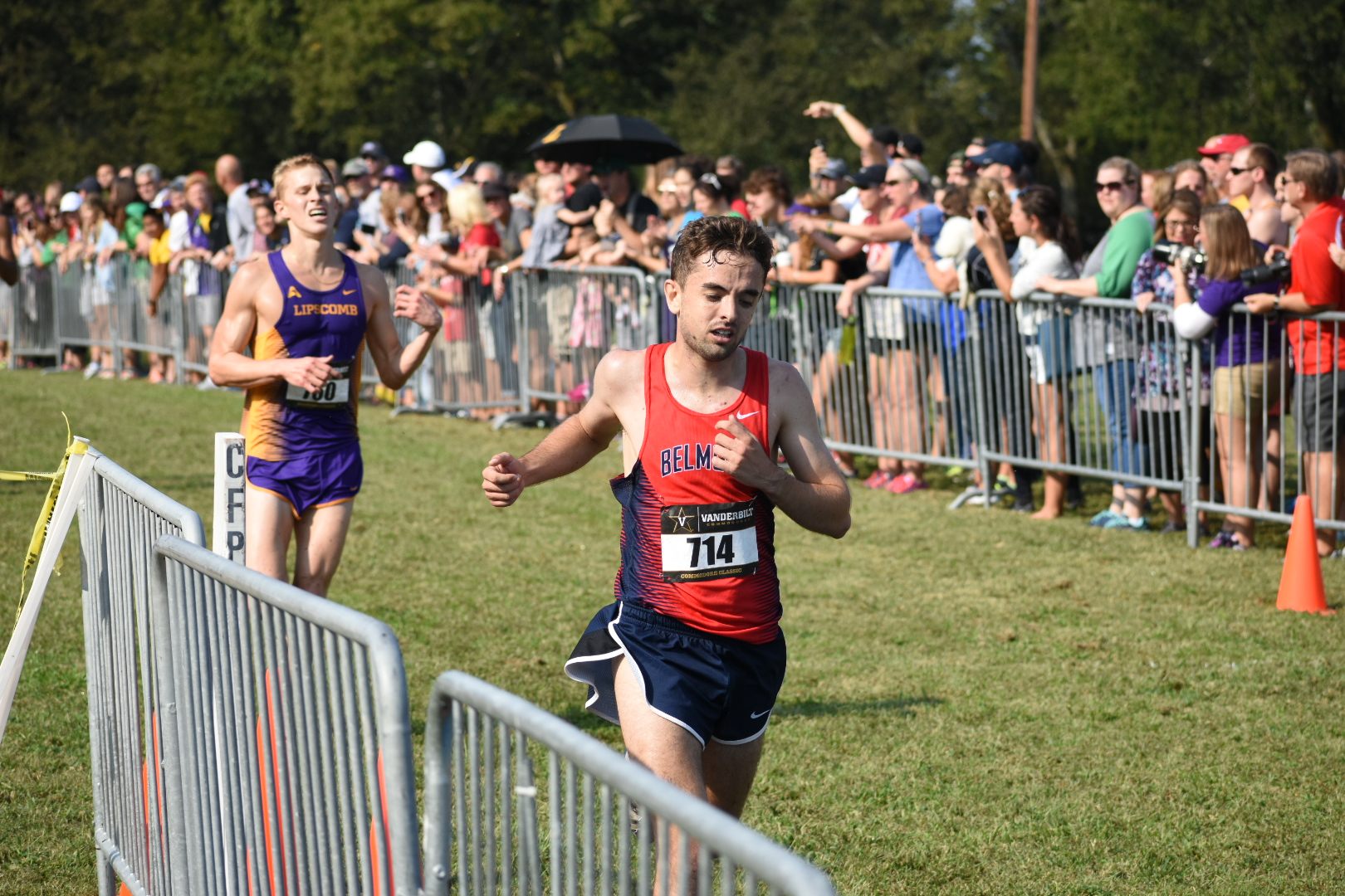 Belmont's Matt Edwards stretches for the finish line at Vanderbilt's Commodore Classic cross country meet in Nashville on Sept. 16, 2017.