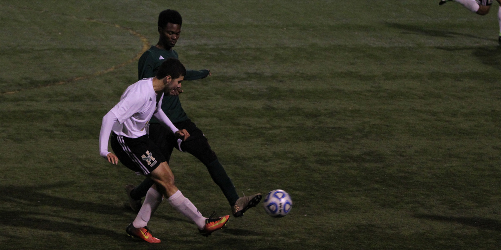 Men's Soccer Pushes Past Clippers, 5-2