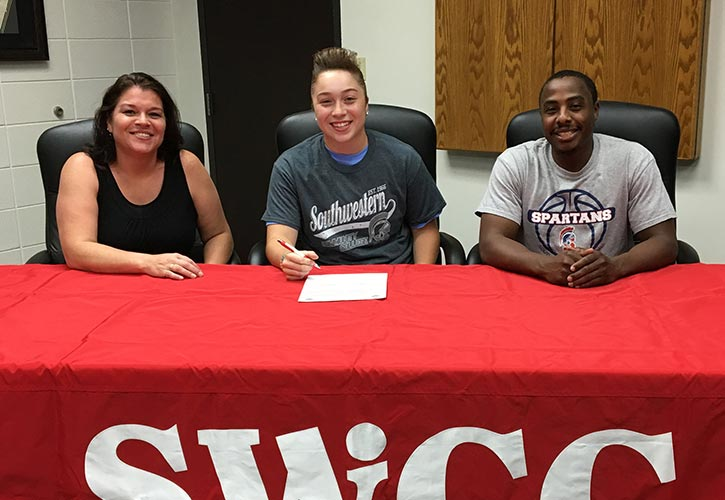 Pictured (L to R): Angel Roy, Vanessa?s mother; Vanessa Romo; and Addae Houston, SWCC head women?s basketball coach