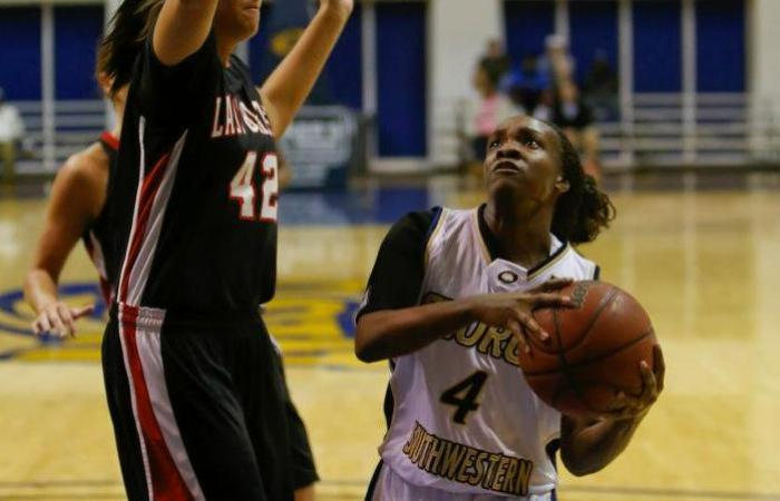 Green's Career Day Not Enough, Francis Marion Edges GSW